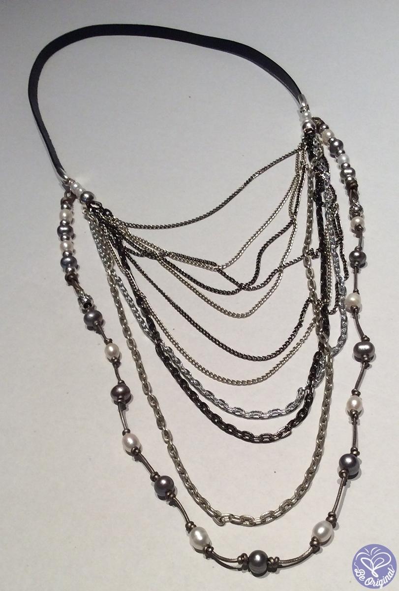 c38c4a60a79c Collar con cuero plano y cadenas de aluminio